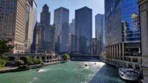 シカゴ川とトランプ・タワー