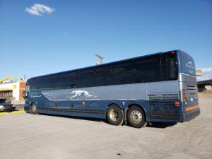 休憩中のグレイハウンド・バス(フラッグスタッフ~ラスベガス)