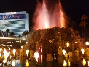 ホテル・ミラージュの火山噴火ショー(ラスベガス)
