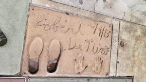 TCLチャイニーズシアター前の手形(ロス)
