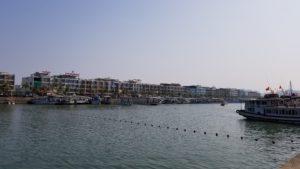 トゥアンチャウ国際港(ハロン湾)